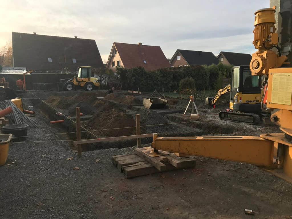 Gewerblich Bauen Betriebsgebaeude Fundamentarbeiten 03