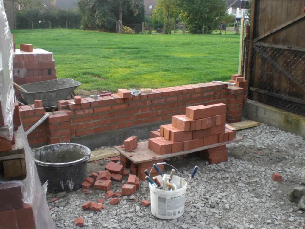 Maurerarbeiten Rustikale Gartenmauer 2