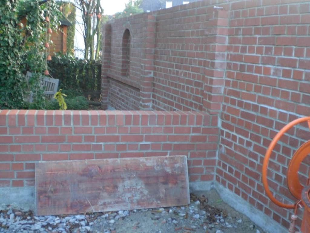 Maurerarbeiten Rustikale Gartenmauer 4