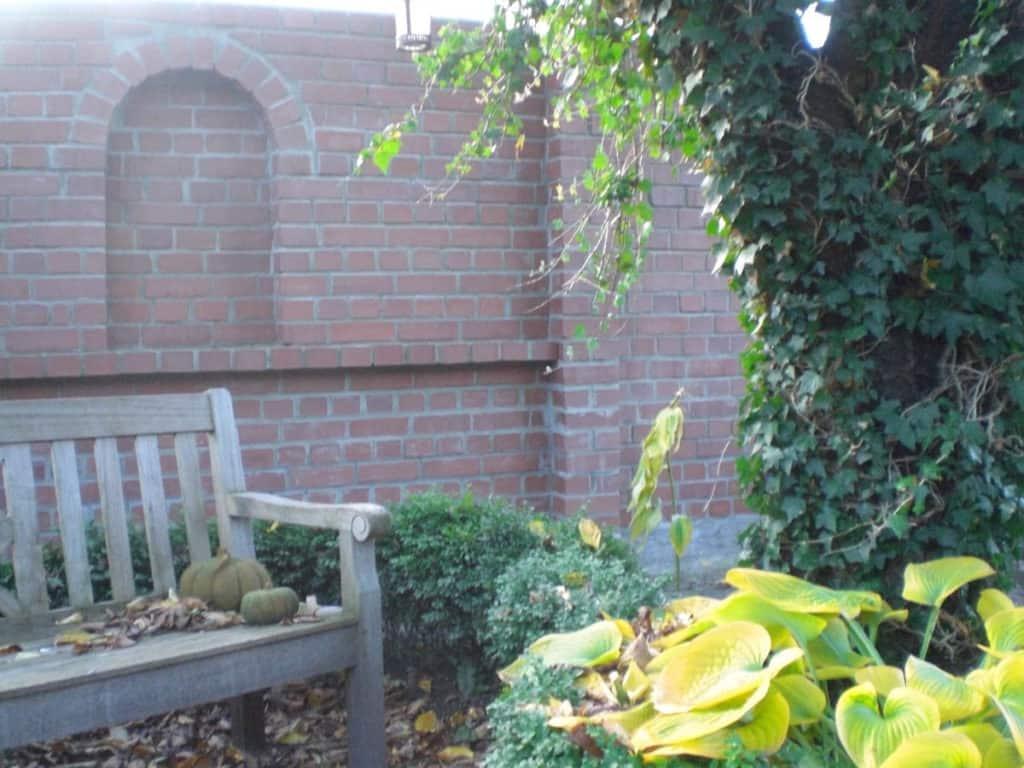 Maurerarbeiten Rustikale Gartenmauer 6