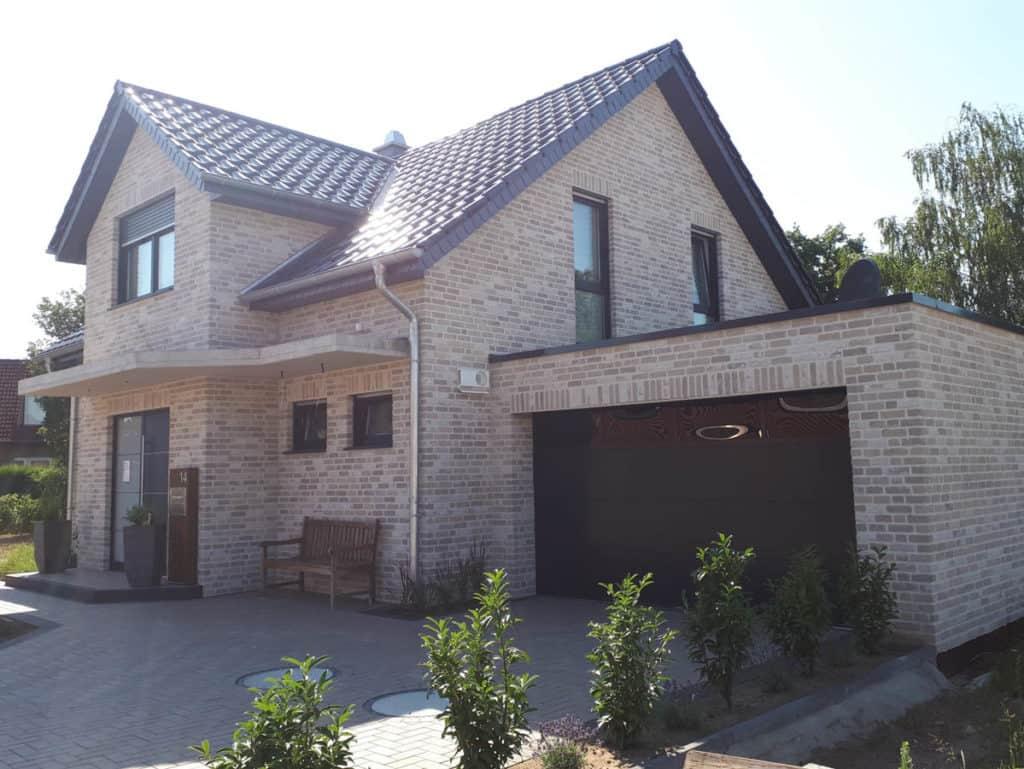 Schluesselfertiger Hausbau Einfamilienhaus Rietberg Mastholte 01