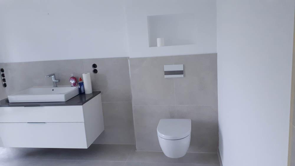 12 Badezimmer