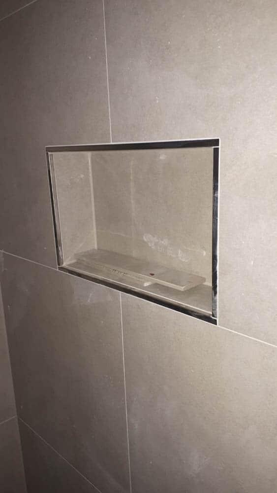 4 Duschanlage Ablage