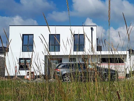 Flachdachhaus Mit Garage Ganz