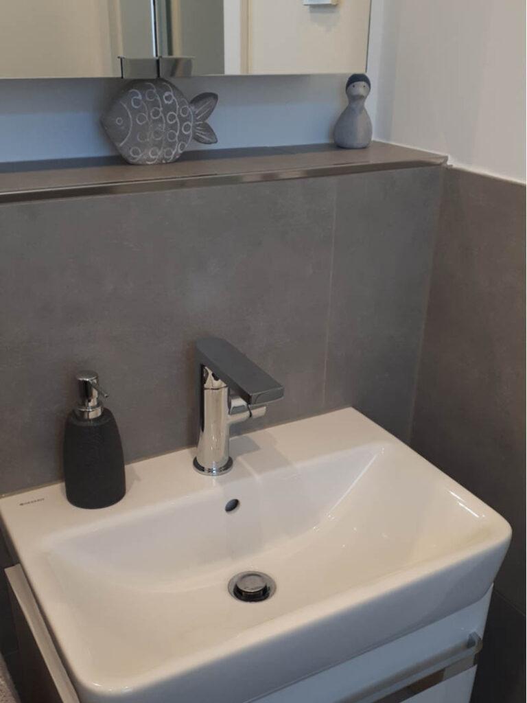 13 Gaeste Wc Waschtischanlage