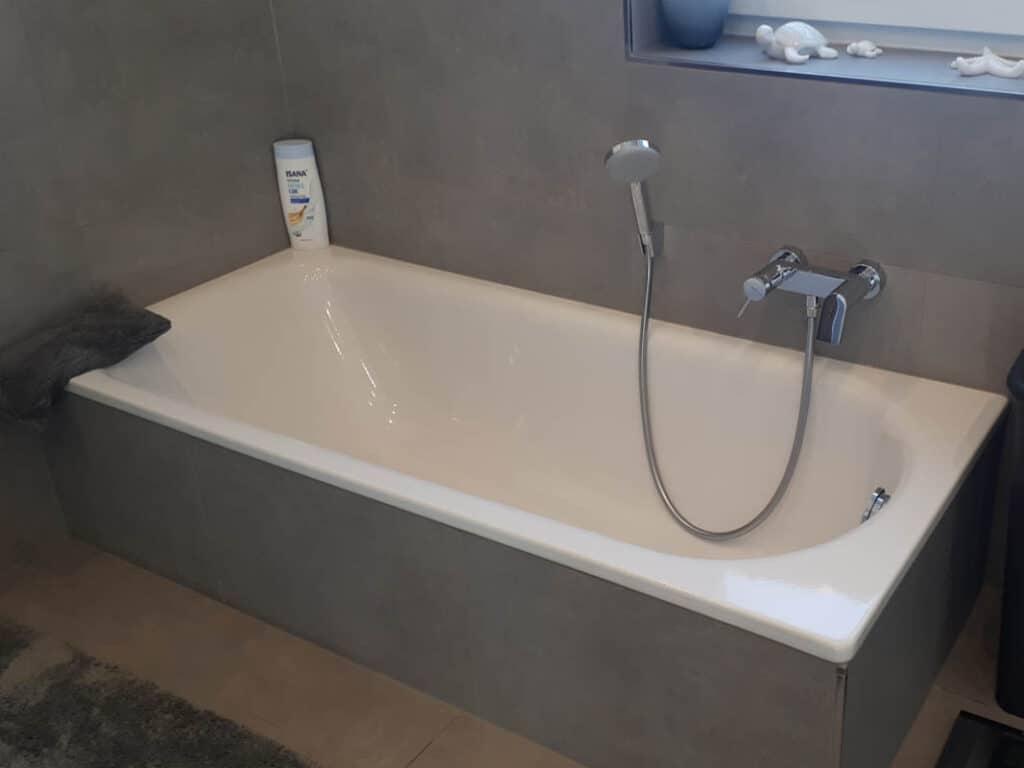 24 Badewannenanlage