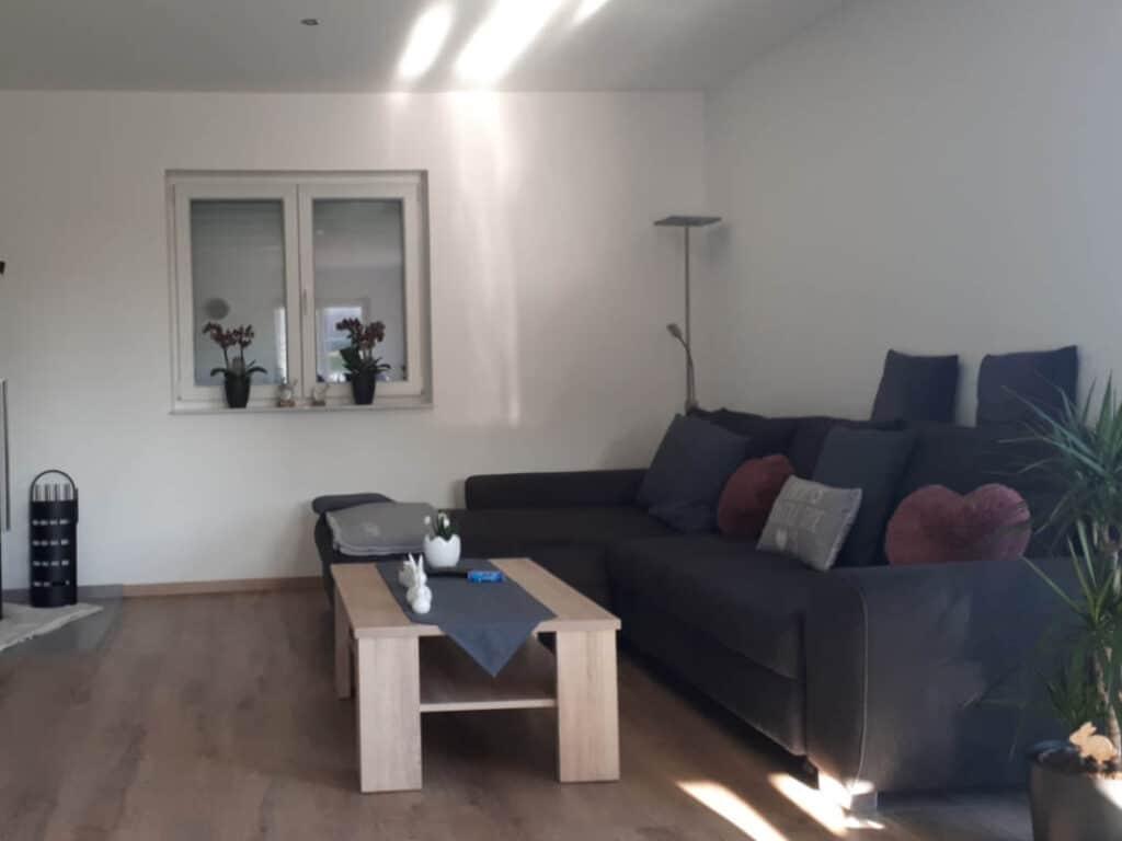 7 Wohnzimmer